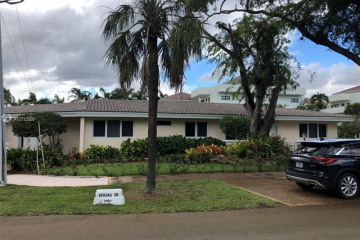 Home for Rent at 5420 Orduna Dr #B, Coral Gables FL 33146