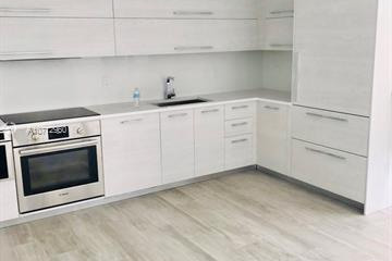 Home for Rent at 55 SW 9th St #3908, Miami FL 33130