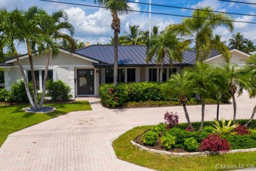 Home for Sale at 4411 NE 24th Ave, Lighthouse Point FL 33064