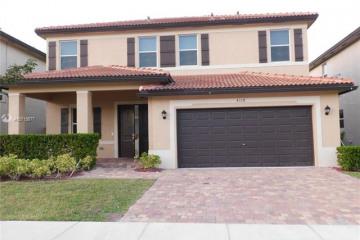 Home for Sale at 4109 NE 21st St, Homestead FL 33033
