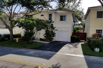 Home for Sale at 90 NW 110th Ave, Plantation FL 33324