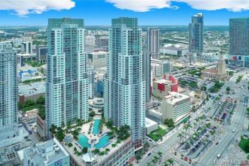 Home for Sale at 244 Biscayne Blvd #4008, Miami FL 33132