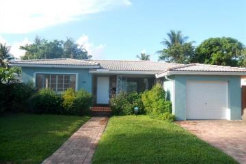 Home for Sale at 290 NE 111th St, Miami FL 33161