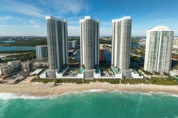 Home for Sale at 15811 Collins Ave #3705, Sunny Isles Beach FL 33160