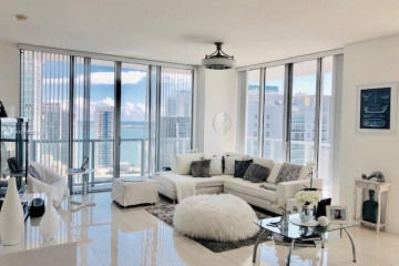 Home for Rent at 79 SW 12th St #3806S, Miami FL 33130