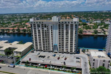 Home for Sale at 1600 S Ocean Dr #17B, Hollywood FL 33019