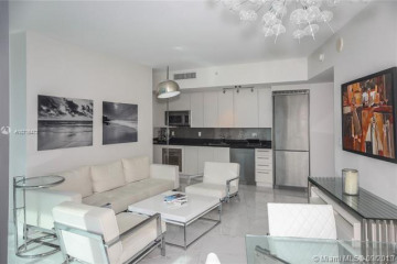 Home for Sale at 92 SW 3 St #1706, Miami FL 33131
