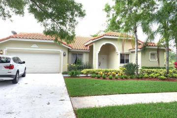 Home for Rent at 710 Bayside Ln, Weston FL 33326