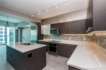Home for Rent at 500 Brickell Ave #PH-1, Miami FL 33131