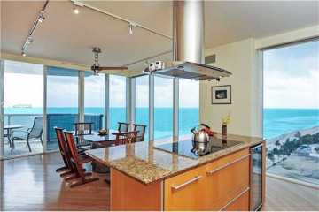 Home for Sale at 18911 Collins Ave. #1401, Sunny Isles Beach FL 33160