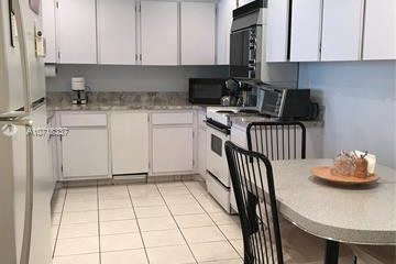 Home for Rent at 251 Crandon Blvd #208, Key Biscayne FL 33149