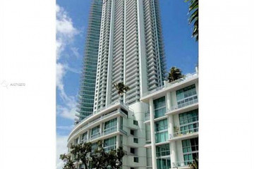 Home for Rent at 92 SW 3rd St #1501, Miami FL 33130