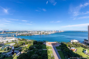 Home for Sale at 50 Biscayne Blvd #2710, Miami FL 33132