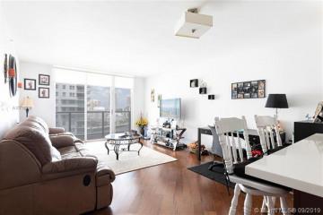Home for Sale at 1155 Brickell Bay Dr #1806, Miami FL 33131
