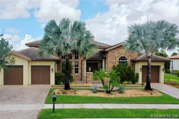 Home for Sale at 12057 NW 69th Ct, Parkland FL 33076