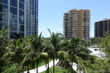 Home for Rent at 2831 S Bayshore Dr #502, Coconut Grove FL 33133