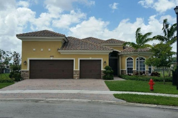 Home for Rent at 10170 Edgewater Ct, Parkland FL 33076
