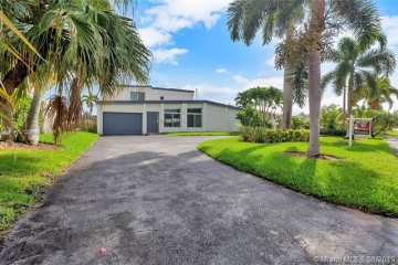 Home for Rent at 2219 SE 9th St, Pompano Beach FL 33062