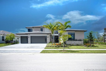 Home for Sale at 10715 Estuary Dr, Parkland FL 33076