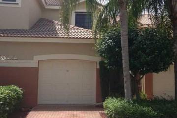 Home for Sale at 4238 Vineyard Cir, Weston FL 33332