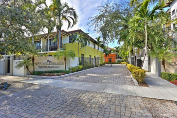 Home for Sale at 3024 Mcdonald St #1, Coconut Grove FL 33133