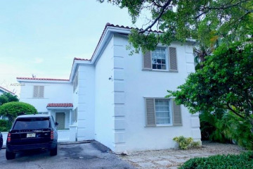 Home for Rent at 1171 Campo Sano Av, Coral Gables FL 33146