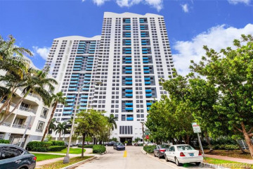 Home for Sale at 1330 West Ave #2709, Miami Beach FL 33139