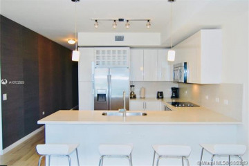 Home for Rent at 999 SW 1st Ave #2002, Miami FL 33130