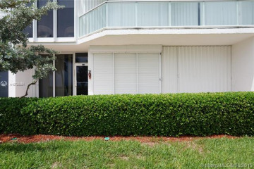 Home for Sale at 16445 Collins Ave #BC-5, Sunny Isles Beach FL 33160