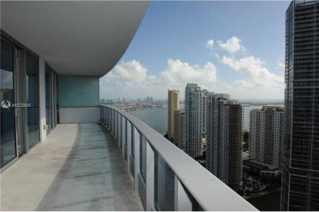 Home for Rent at 200 Biscayne Blvd Way #4004, Miami FL 33131