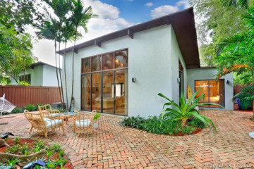 Home for Sale at 3087 Mcdonald St, Coconut Grove FL 33133