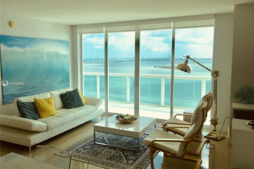 Home for Sale at 1800 N Bayshore Dr #1807, Miami FL 33132