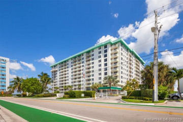 Home for Sale at 10350 W Bay Harbor Dr #7H, Bay Harbor Islands FL 33154