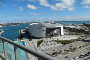 Home for Sale at 888 Biscayne Blvd #1702, Miami FL 33132