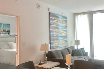 Home for Sale at 244 Biscayne Blvd #910, Miami FL 33132