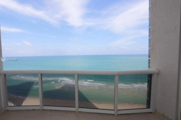 Home for Rent at 15811 Collins Ave #1704, Sunny Isles Beach FL 33160-4177