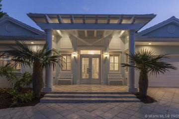 Home for Sale at 2552 Aqua Vista Blvd, Fort Lauderdale FL 33301