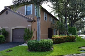 Home for Rent at 1509 Veracruz Ln #6-14, Weston FL 33327