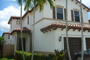 Home for Sale at 691 SE 34 Terrace, Homestead FL 33033