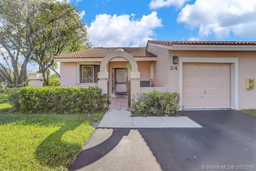 Home for Sale at 16600 Greens Edge Cir #84, Weston FL 33326