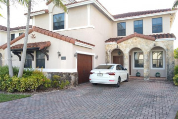 Home for Rent at 984 NW 104th Ave, Miami FL 33172