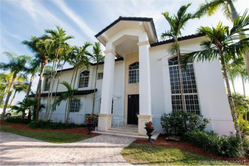 Home for Sale at 8100 SW 183rd St, Palmetto Bay FL 33157