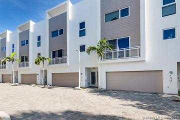 Home for Rent at 1343 N Ocean Blvd, Pompano Beach FL 33062