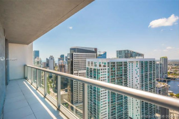 Home for Rent at 485 Brickell Ave #4204, Miami FL 33131