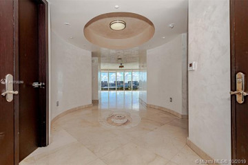 Home for Sale at 18911 Collins Ave #1405, Sunny Isles Beach FL 33160