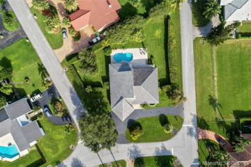 Home for Sale at 13801 SW 109th Ave, Miami FL 33176