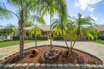 Home for Sale at 8640 NW 50th Dr, Coral Springs FL 33067
