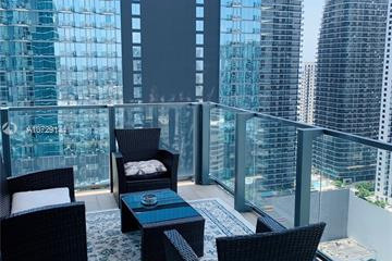 Home for Rent at 68 SE 6th St #3002, Miami FL 33131
