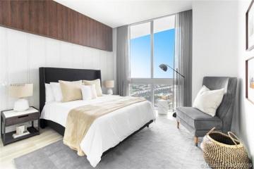 Home for Sale at 1010 SW 2nd Av #PH05, Miami FL 33130