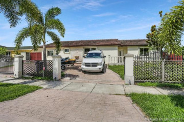 Home for Sale at 28500 SW 142nd Ave, Homestead FL 33033